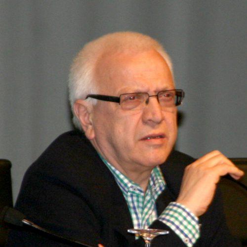 Dr. D. José Luis Doval Conde